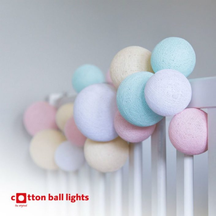 Cotton Ball Lights bij Van Remoortel